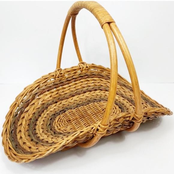 Vintage Boho Woven Foraging Flower harvest Basket
